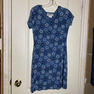 Dresses & Skirts - Vintage Blue Floral Dress